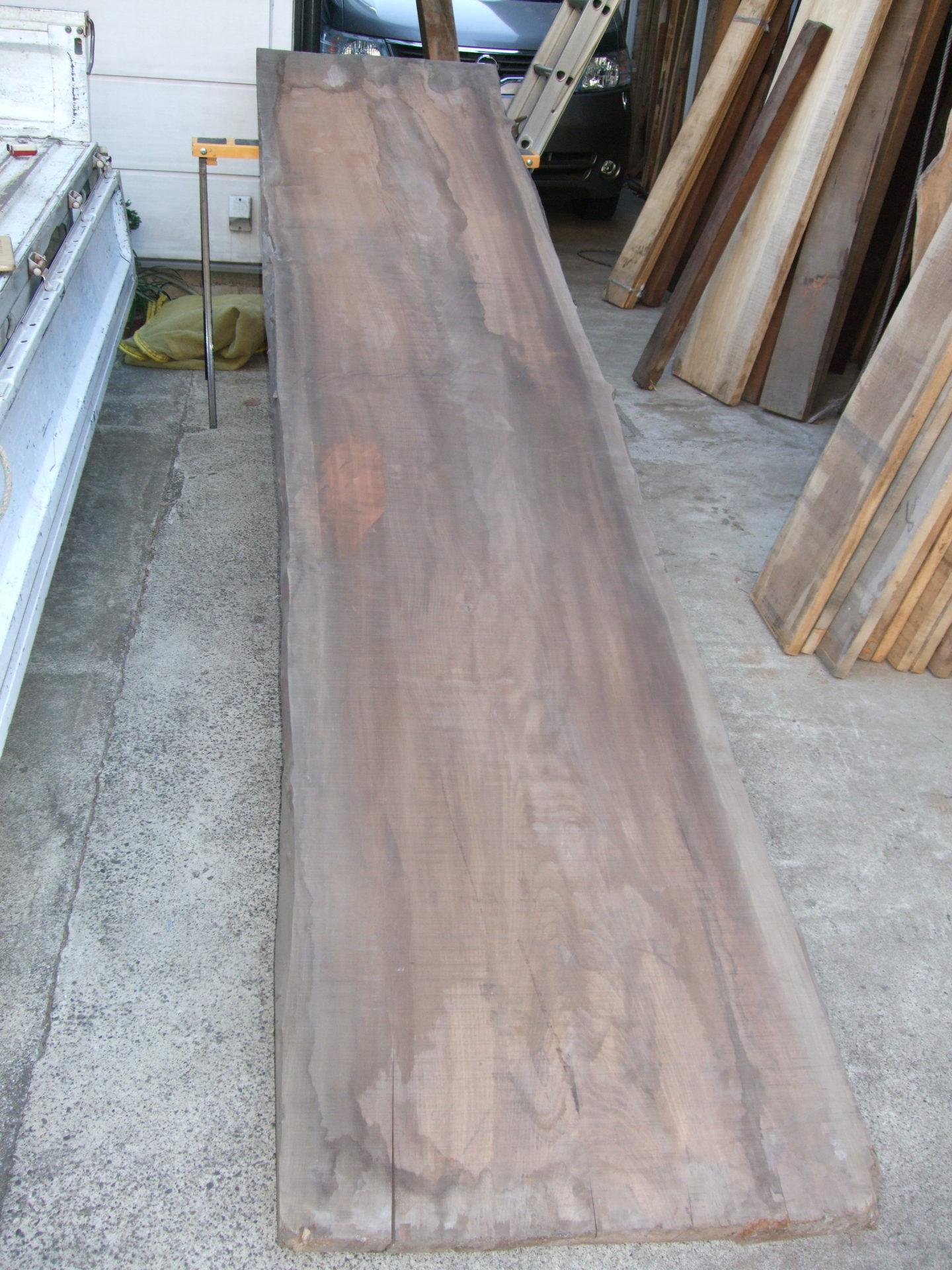 桂材の幅広材
